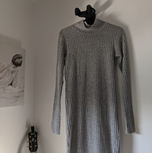 Sweater dress from  Wilfred ✨✨✨♥️♥️♥️